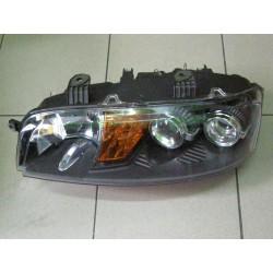 Reflektor lampa przednia Fiat Punto lewa