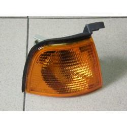 Lampa kierunkowskazu przedniego Audi 80