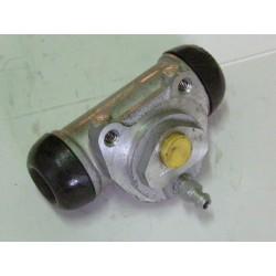 Cylinderek hamulcowy Renault Kango Nissan